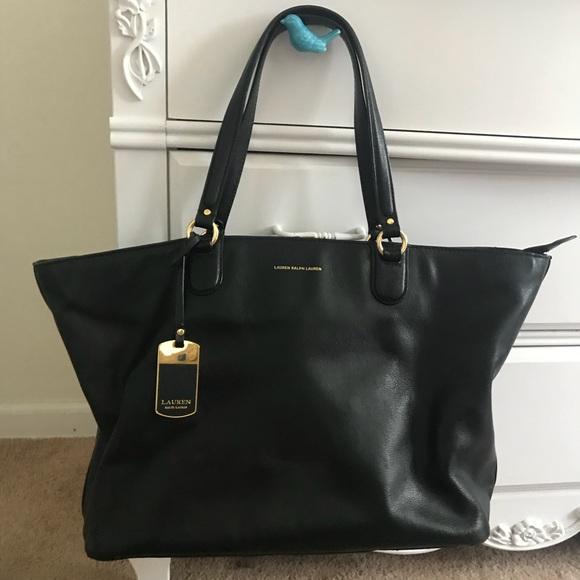 9d2b103a3375 Ralph Lauren Leather Tote. M 5b82dfdf8869f7b1247f8808. Other Bags ...